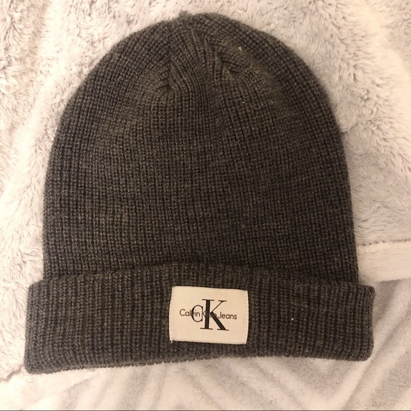 Urban Outfitters Accessories - 3/$19✨CK Beanie